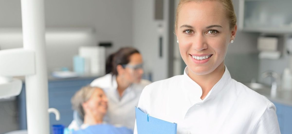 Dental Nursing Diploma- Online